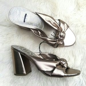 NWOT dolce vita gold knot block heels 6.5